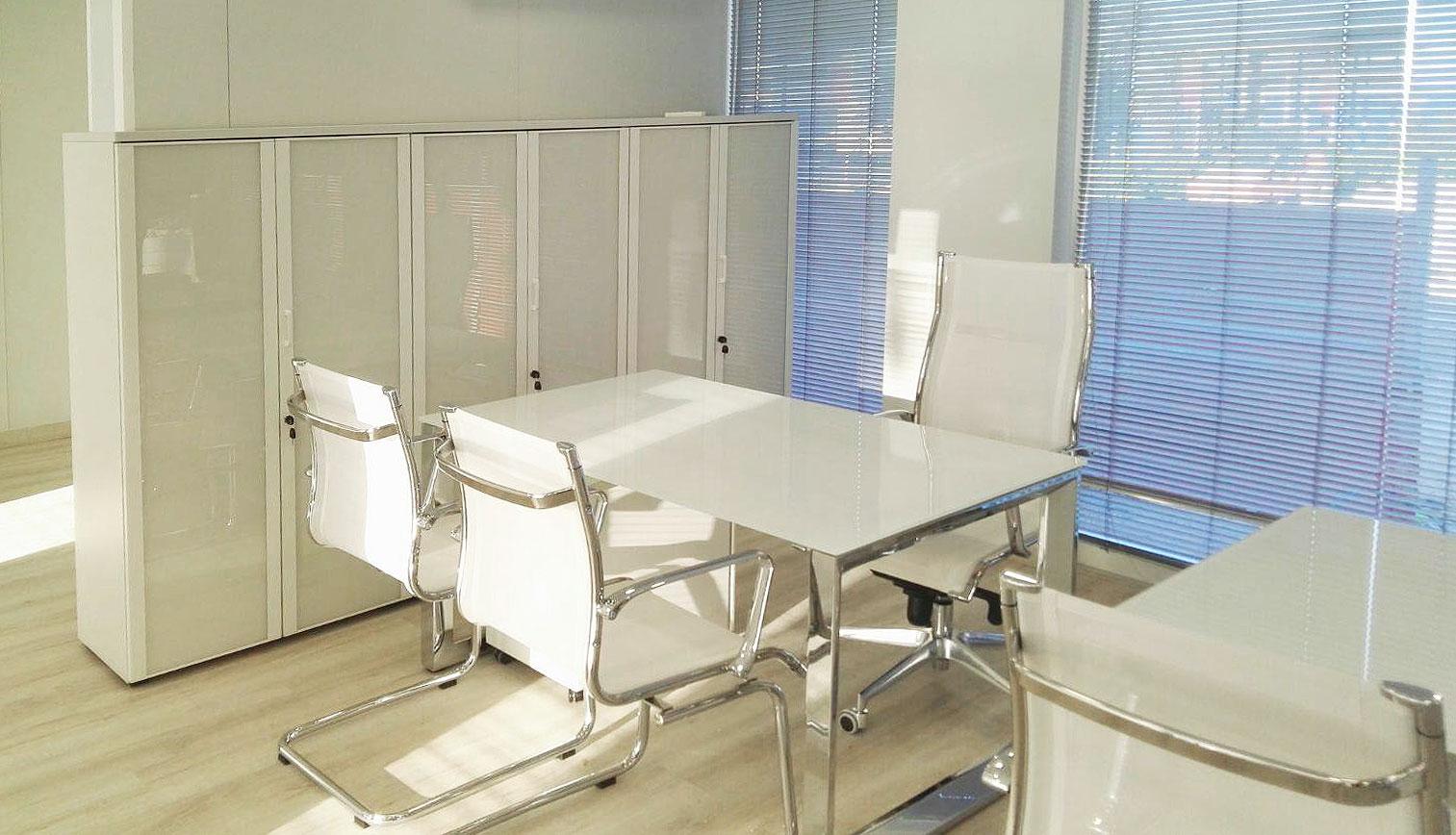 proyecto-oficox-oficina-san-juan-mesa-direccion
